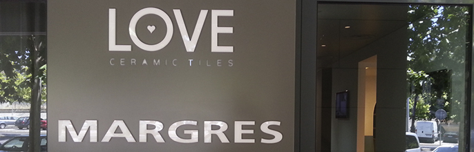 Margres y Love Tiles